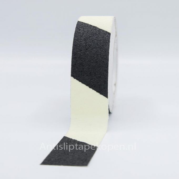 anti slip tape glow in dark zwart wit 50 mm