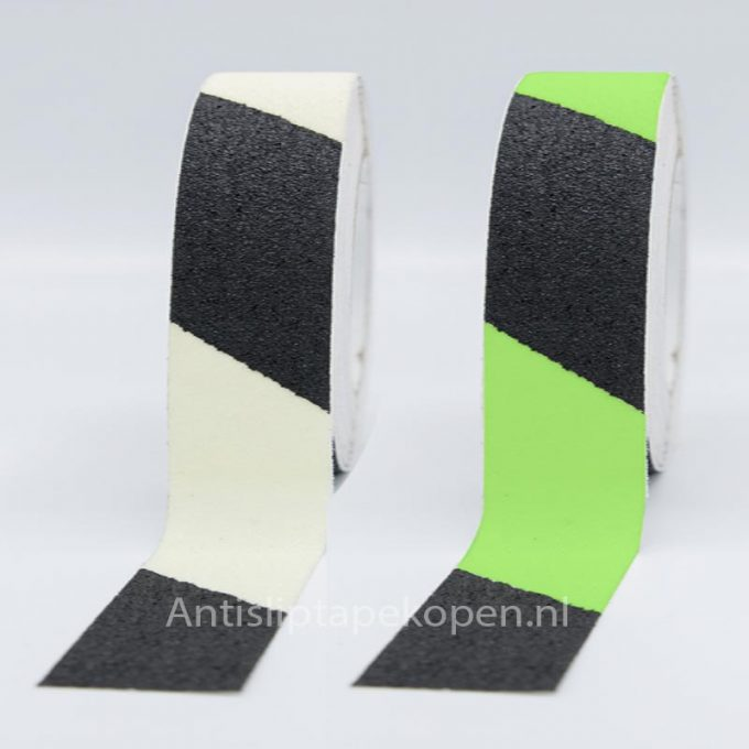 anti slip tape glow in dark zwart-wit 50 mm